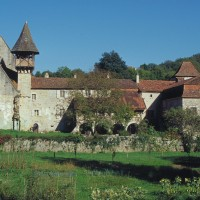 Cloître du prieuré d'Espagnac © PNRCQ