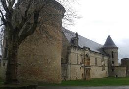 ASSIER-château gauche